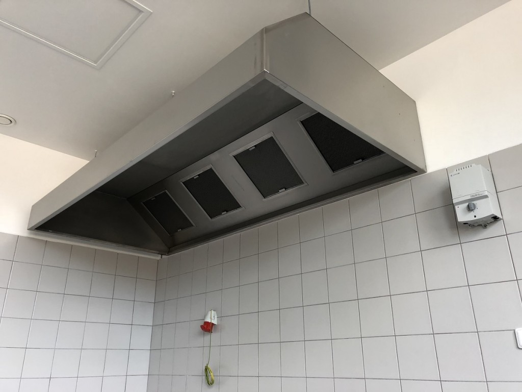 Gastro digestoř nástěnná 3200x800x450/400